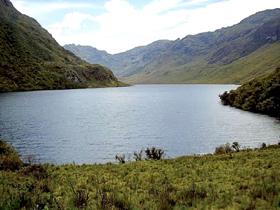 Lagunas Las Huaringas