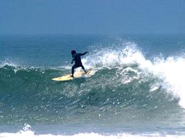 Surf en Playa Pacasmayo