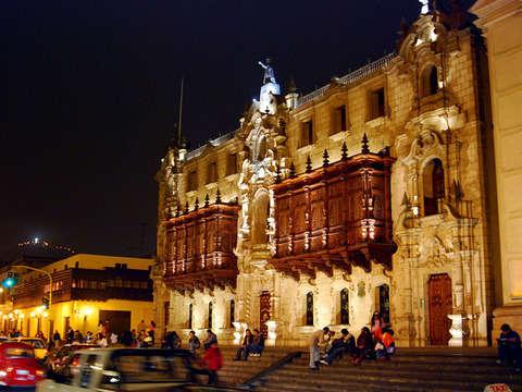 Tour: Lima de Noche + Fuentes de Lima