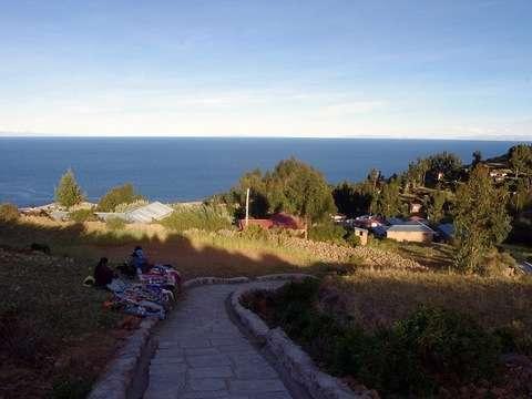 Amanecer Lago Titicaca Amantani – Uros Taquile – Sillustani